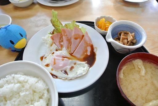ハムエッグ定食