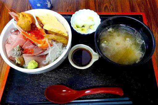 ごうか海鮮丼