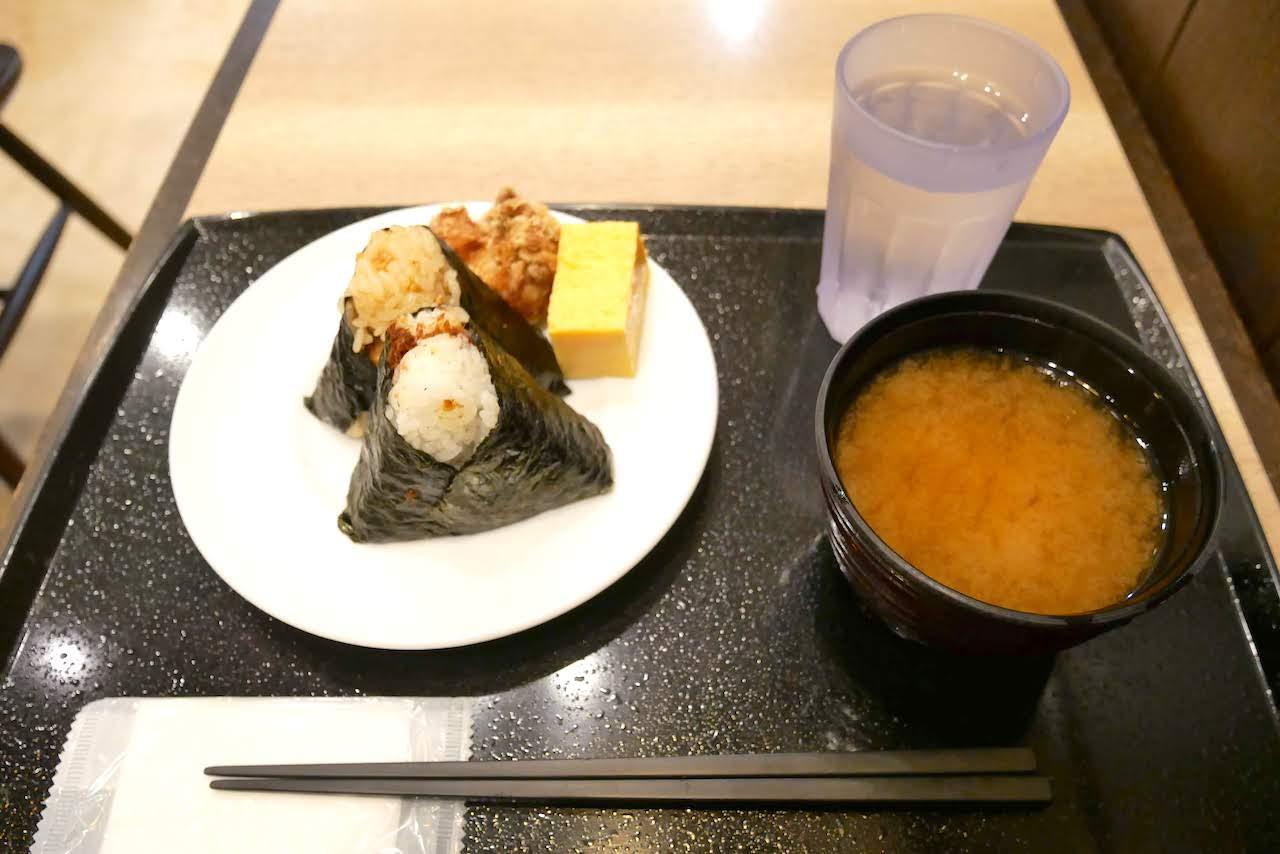 http://morning.tokyo-review.com/images/1170412%280%29.jpg
